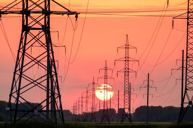 Ven en riesgo inversiones de 196 mil 769 mdp por reforma eléctrica