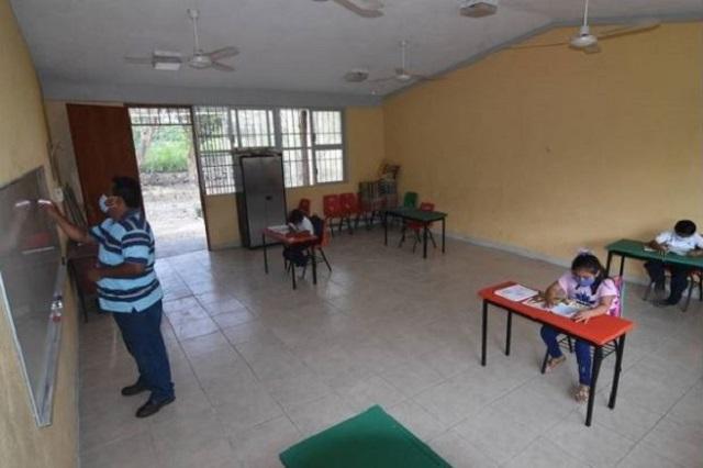 Campeche muestra prematuro el regreso a clases: maestros