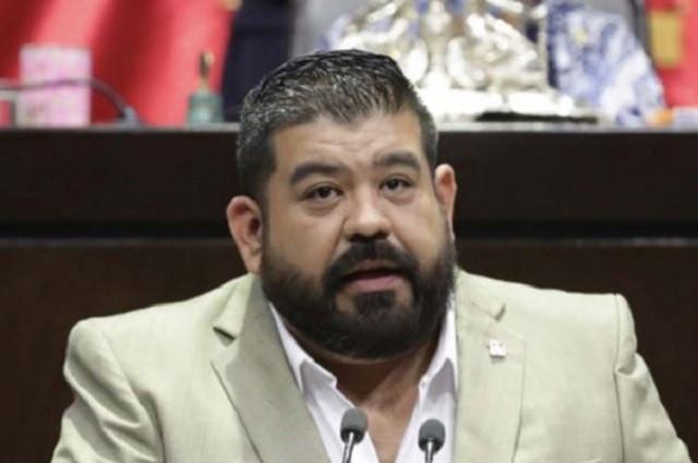 Pierde bancada del PT otro diputado; se pasa al PRD