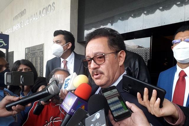 Mier responde a Barbosa: sí hubo recursos para Puebla