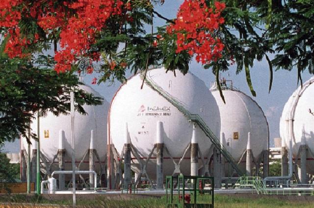 Texas prohíbe vender gas; el lunes exportará a México