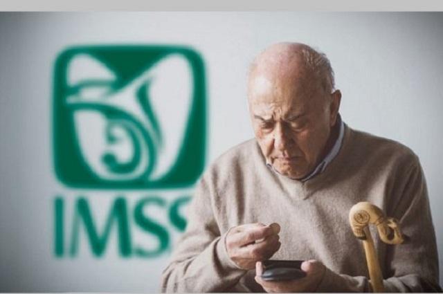 IMSS tomará reservas para pagar aumento de pensiones