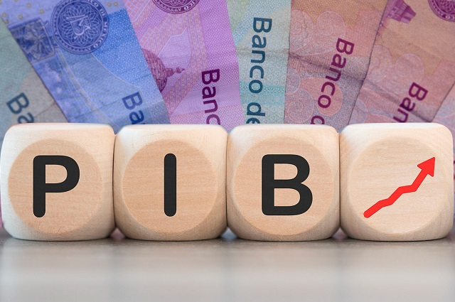 Mejora Banxico pronóstico de PIB para 2021:  6.2 por ciento