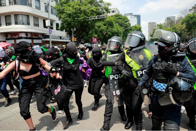 Con historial de abuso, jefe policiaco cesado en CDMX por 8M