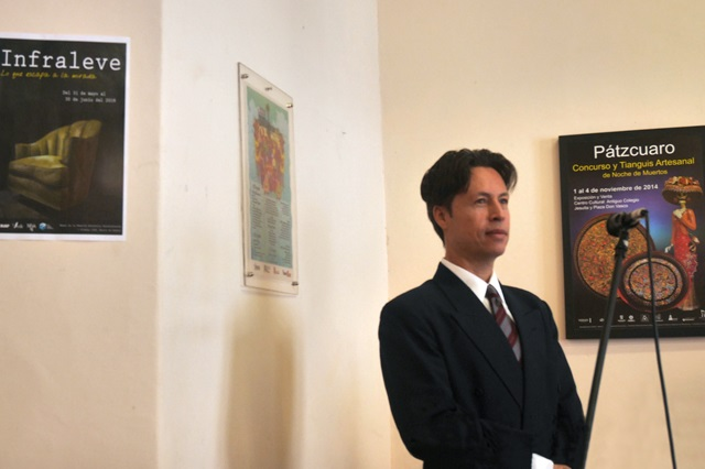 Egresado BUAP gana Premio de Estudios  Iberoamericanos