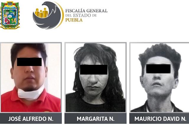 Presos 2 hombres y una mujer por posesión de drogas en Puebla