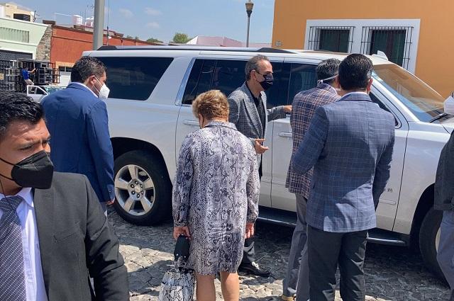 Se reúnen líderes del PRI con Barbosa en Casa Aguayo