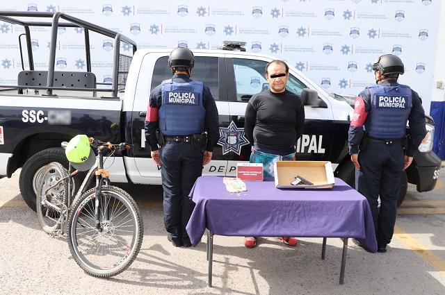 Policía municipal de Puebla atrapa al Rambo, asaltante de Oxxos