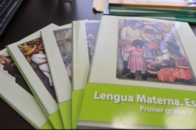 Ofrecieron 16 nuevos libros de texto y sólo terminaron dos