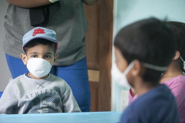 Habilitan centro covid para menores de edad en Puebla