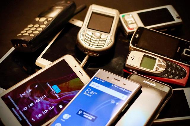 Otorgan suspensión parcial contra padrón de telefonía