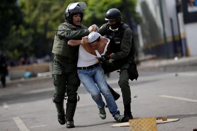 Barbosa, FGE y SSP, con quejas por detenciones arbitrarias