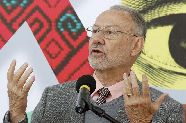 Vigilar a autoridades elegidas, clave para la democracia: Fernández Font