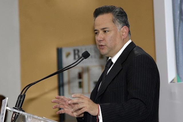 Nieto Castillo sigue en la UIF y no será candidato en Querétaro