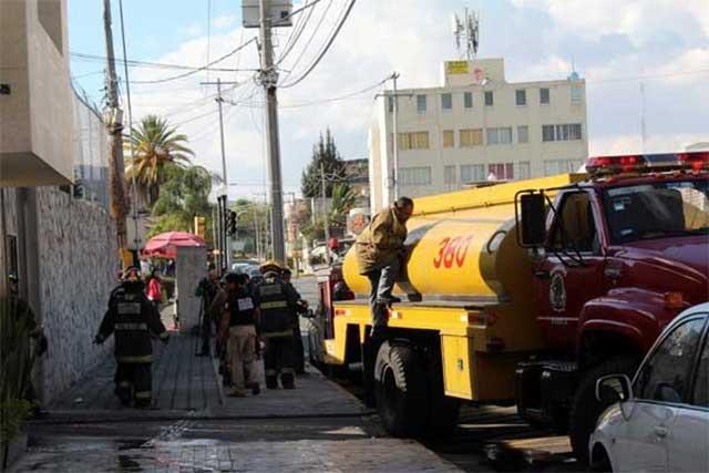 Se registra explosión de pirotecnia en Protección Civil, no hay lesionados