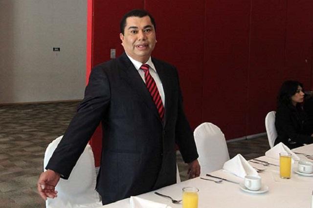 López Zavala pide a Estefan elegir entre curul y dirigencia