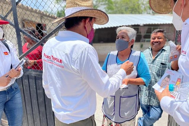 Tepole pide a ciudadanos de Tehuacán votar por él