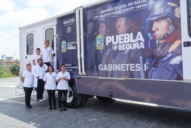 Unidades móviles ofrecen servicios de salud en Puebla
