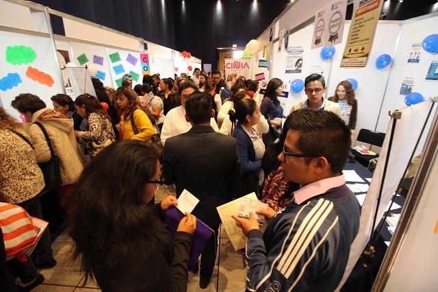 Más de 2 mil asistentes tuvo Feria de empleo para mujeres
