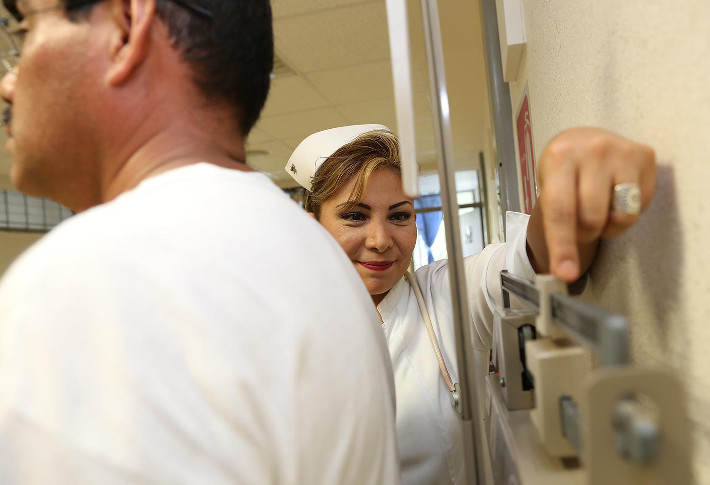 Con cuestionarios de riesgo, Issste detecta potenciales enfermedades