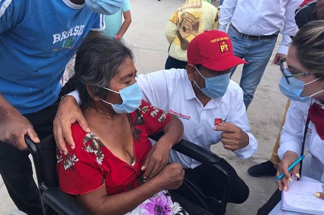 """Pedro Tepole, tú serás nuestro presidente municipal"""