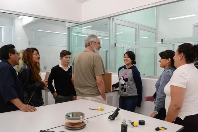 Programa de FCFM - BUAP promueve el estudio de la astronomía