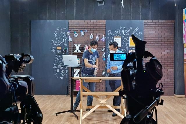 Contenidos educativos poblanos inician transmisión en TV