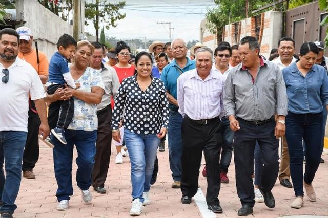 Lupita Daniel inicia pavimentación en la Reserva Territorial Quetzalcóatl