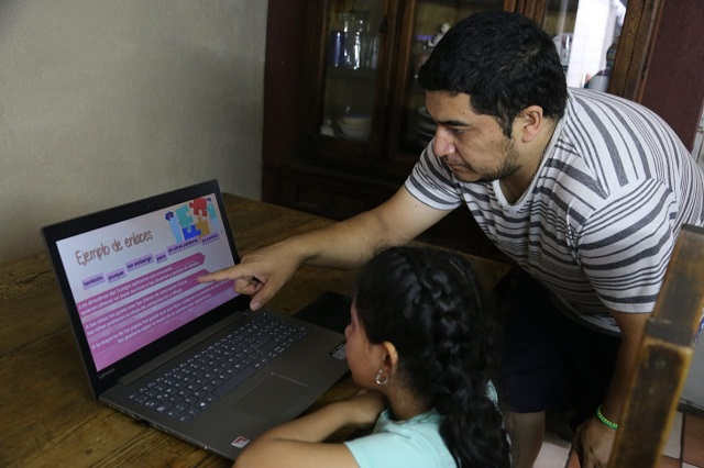 Arrancan clases a distancia en Puebla este 24 de agosto