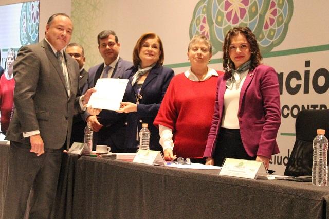 Destaca SFP trabajo de Puebla en reunión nacional de contralores