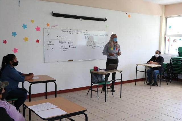 Transporte gratuito a docentes en el regreso a clases: SEP