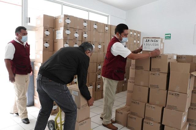 Reparte SEP paquetes sanitarios a escuelas en Puebla