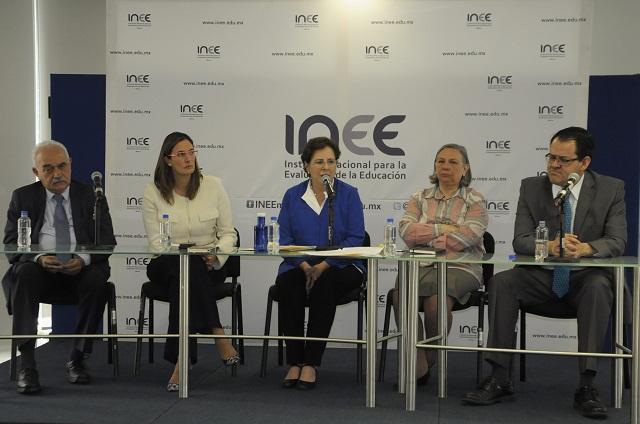 Se integró Vázquez del Mercado a Junta de Gobierno del INEE