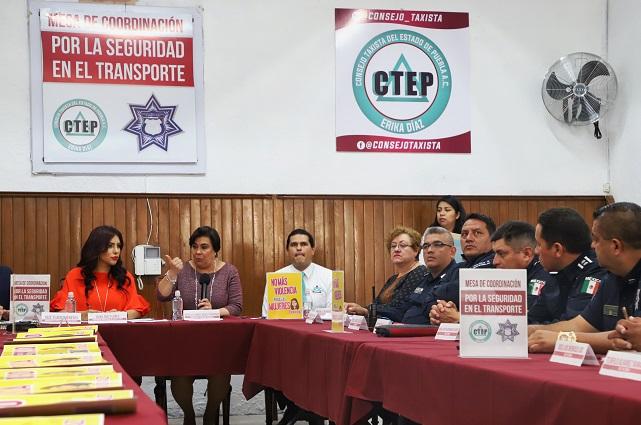 Policía de Puebla capital presenta estrategia al Consejo Taxista