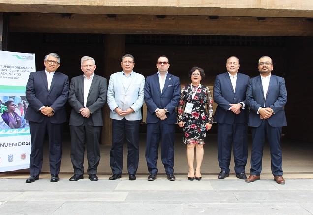 Participa Puebla en encuentro de contralores y destaca transparencia