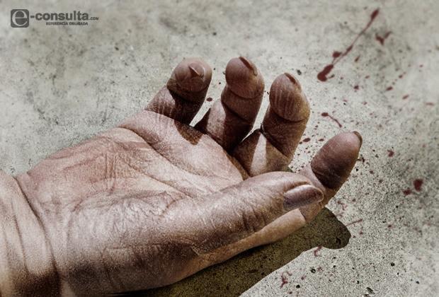 Ladrones someten a sexagenaria y muere en comercio de Ayotoxco