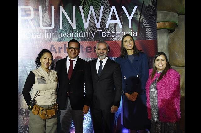 Licenciatura en Moda, de la Anáhuac presenta pasarela Runaway