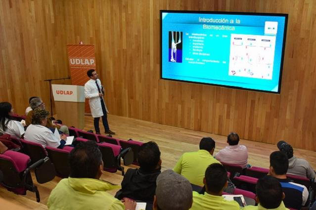 UDLAP actualiza en medicina deportiva a maestros y médicos