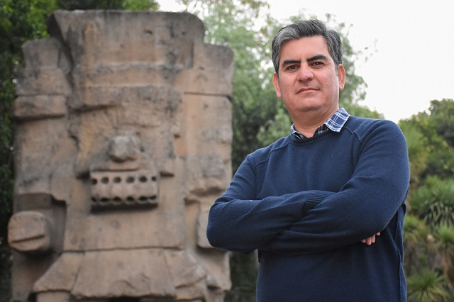 Mención honorífica del Premio Alfonso Caso, a egresado UDLAP
