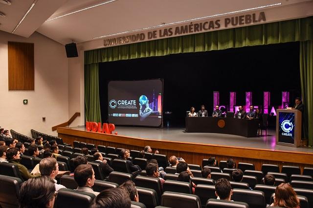 Abordan en congreso de UDLAP emprendimiento y tecnología