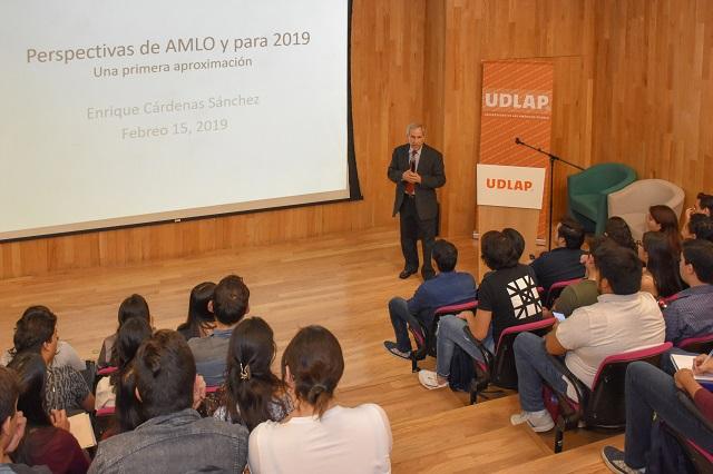 Analizan en UDLAP perspectivas económicas y políticas de México