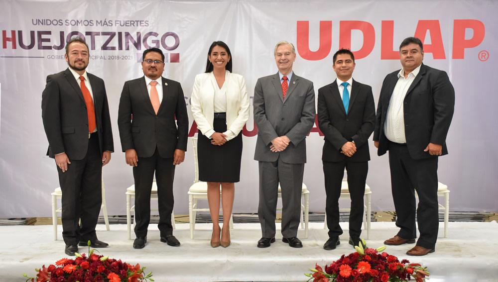 Presentan convocatoria para becas UDLAP- Huejotzingo