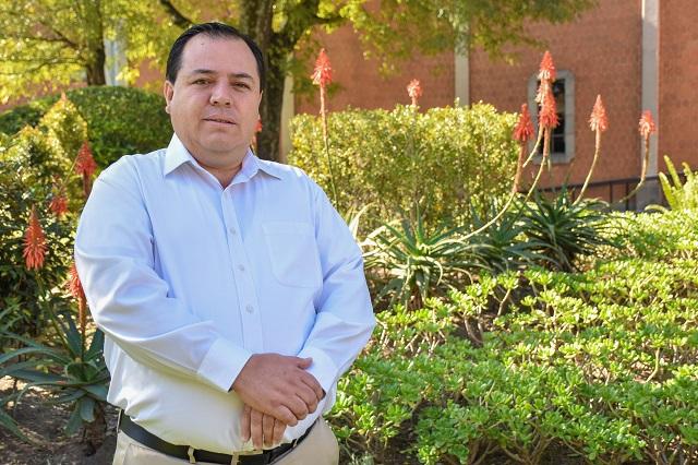 Egresado UDLAP destaca como directivo de cámara empresarial