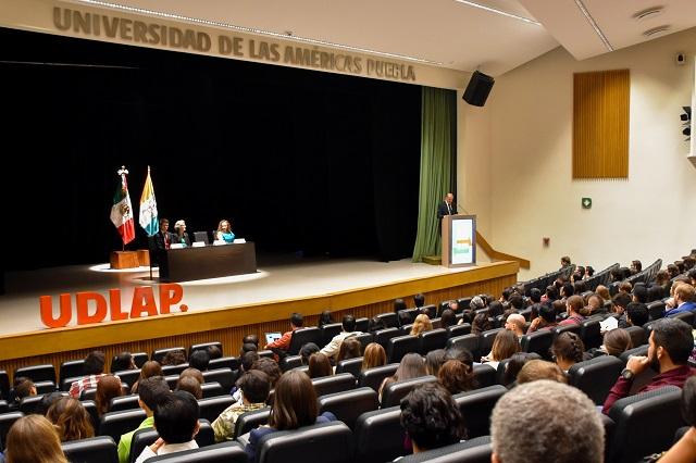 En congreso, UDLAP se vincula con novedosas líneas de investigación