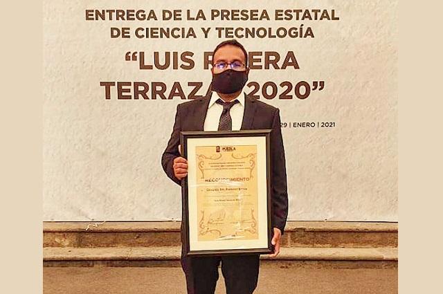 Destaca egresado UDLAP relevancia del premio Luis Rivera Terrazas