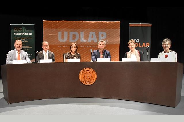 Presenta Vázquez Mota en la UDLAP libro sobre el envejecimiento