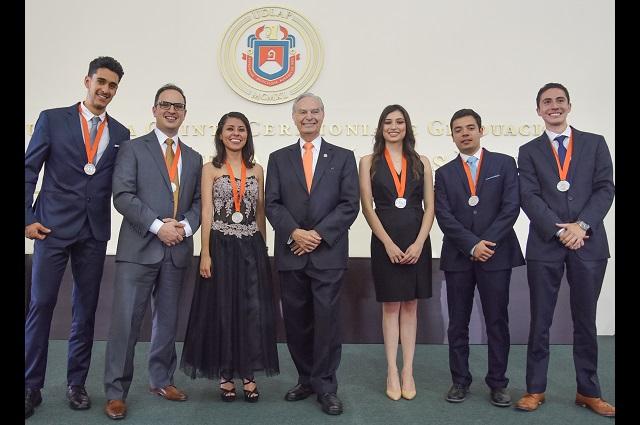 Se gradúan en la UDLAP 1647 nuevos profesionales