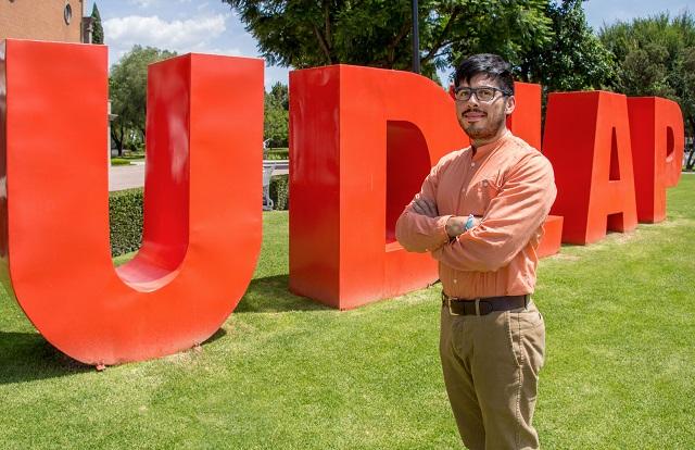 Egresado UDLAP aplica conocimientos en la Universidad de Edimburgo