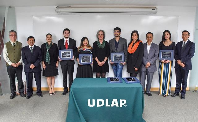 Asociación distingue a 11 egresados de ingeniería de la UDLAP