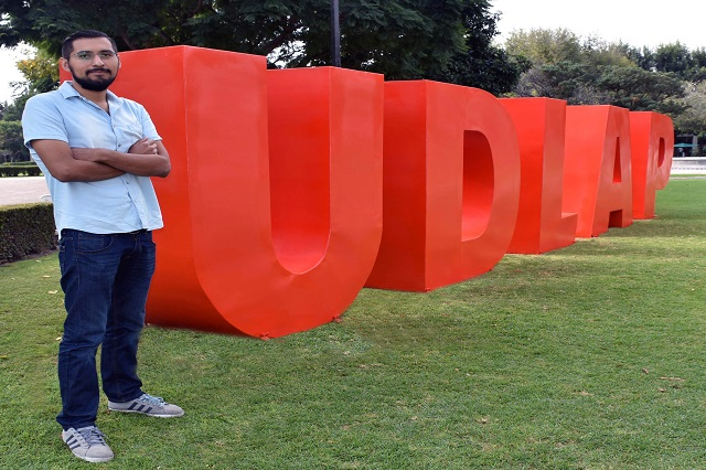 Egresado UDLAP realiza proyecto de energía a través de suelas de zapatos